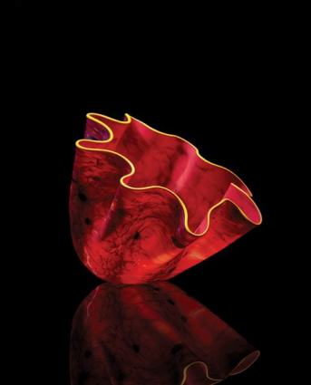 <i>Medici Macchia,</i> 2020 Studio Edition<br/>© 2020 Chihuly Workshop