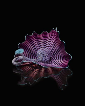 <i>Periwinkle Persian,</i> 2019 Studio Edition<br/>© 2019 Chihuly Workshop